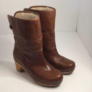 Ugg Lynnea Clog Boots